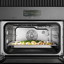 Miele Combi Steam Oven DGC 7840 - Good Design Award