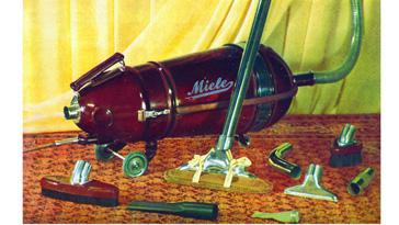 Staubsauger in der modernen Torpedoform