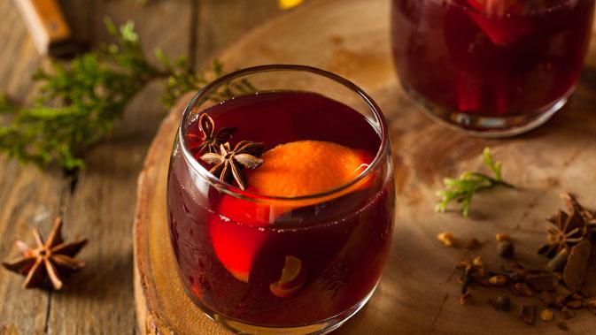 パンチ – 香り高く刺激的な飲み物をホットで